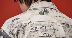 Supreme: FW19, Nike SB Dunk Low e prima foto ufficiale in anteprima