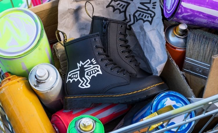 Dr. Martens x Keith Haring: la street art incontra il brand di footwear