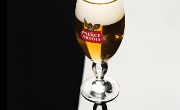Palace x Stella Artois: pronti a bere un po' di streetwear?   19 febbraio