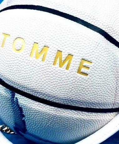 Tomme, il brand che trasforma il pallone in un accessorio fashion
