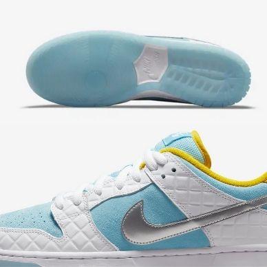 FTC x Nike SB Dunk Low suola trasparente e dettagli
