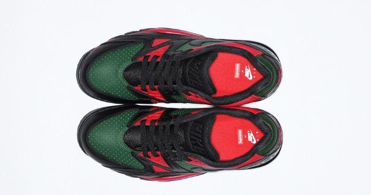 Supreme x Nike Cross Trainer Low black up